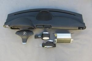 Mercedes C W203 - Kit