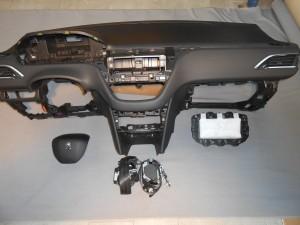 Peugeot 208 - Kit